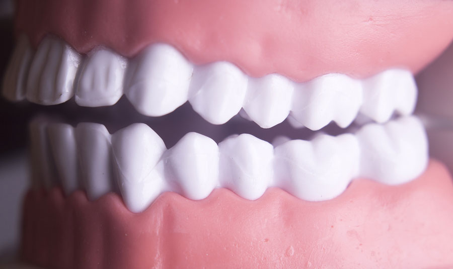 5 Ways to Maintain Healthy Gums