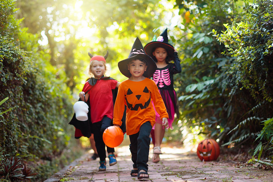 8 Healthy Tips for a Tooth-Friendly Halloween